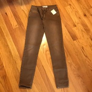 """NWT Free People """"Cocoa"""" Jeans, Size 24"""